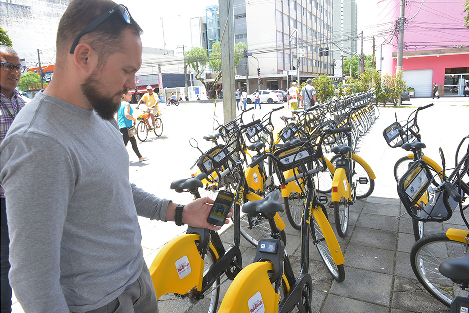 eebc06b0d A Prefeitura de São José dos Campos acertou com a empresa Yellow para  operar o sistema de bicicletas públicas oferecendo mais opções de  deslocamentos ...