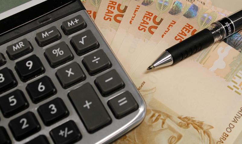 Salário mínimo está acima da inflação no Vale do Paraíba