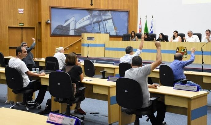Câmaras do Vale do Paraíba gastaram R$ 231 milhões em 12 meses
