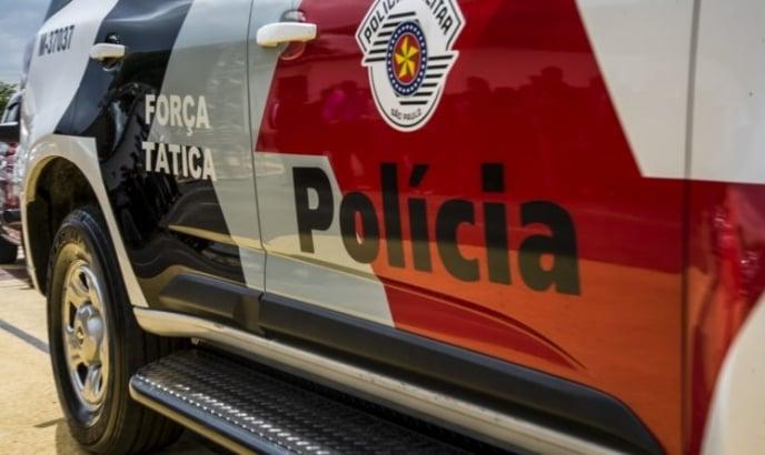 Dupla é presa após vítimas rastrearem celular roubado em São José