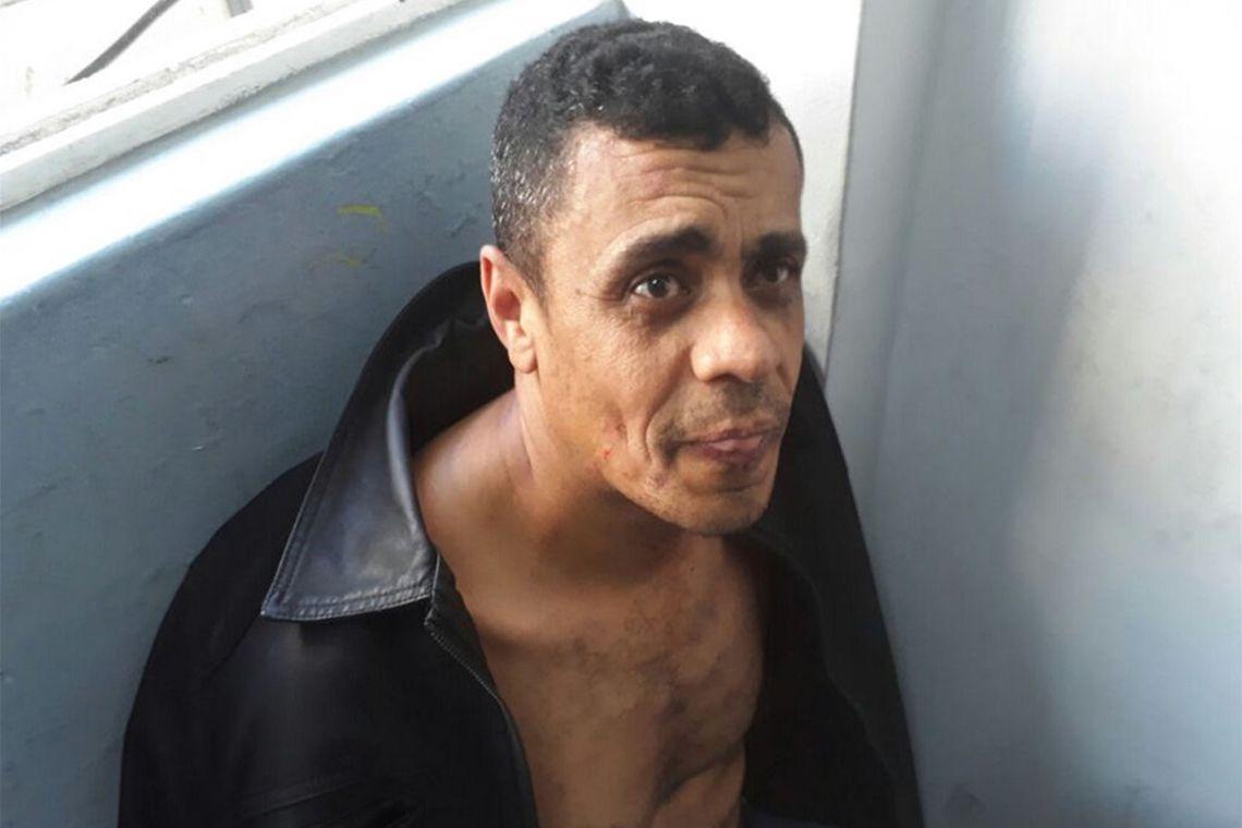 Adélio Bispo não pode ser julgado judicialmente por transtornos mentais, diz Justiça
