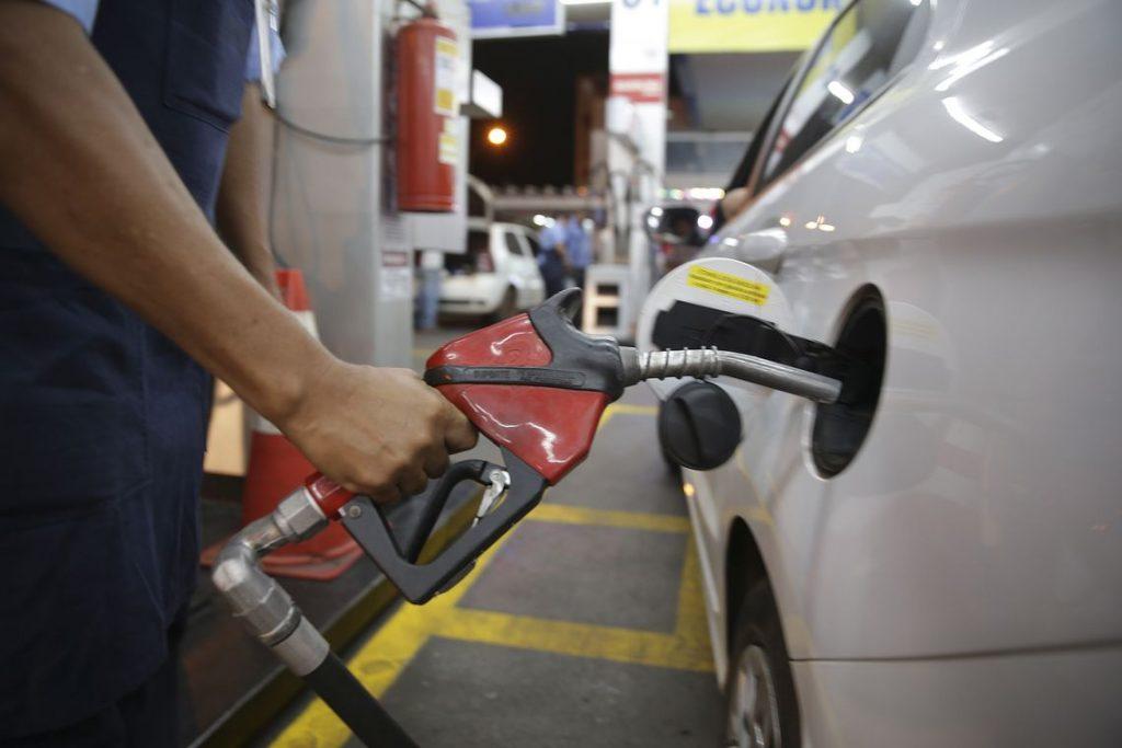 Combustíveis sobem até 5% na RMVale