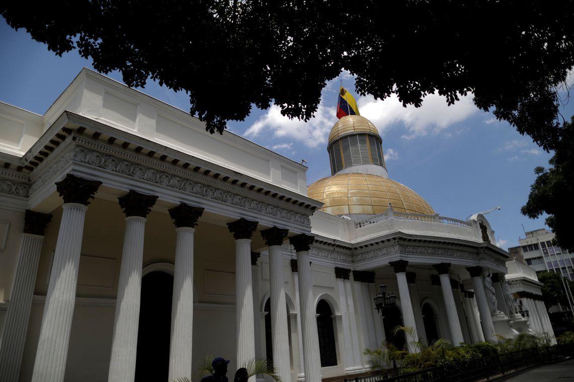 Serviços secretos invadem Assembleia Nacional e gabinete de Guaidó