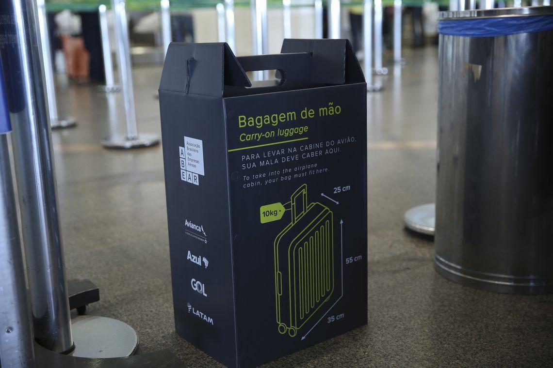 Cinco aeroportos reforçam fiscalização de bagagens de mão
