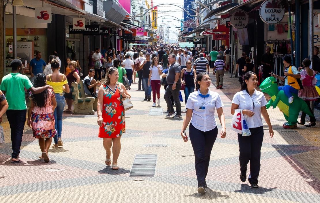 Consumidor de São José vê otimismo com economia do país